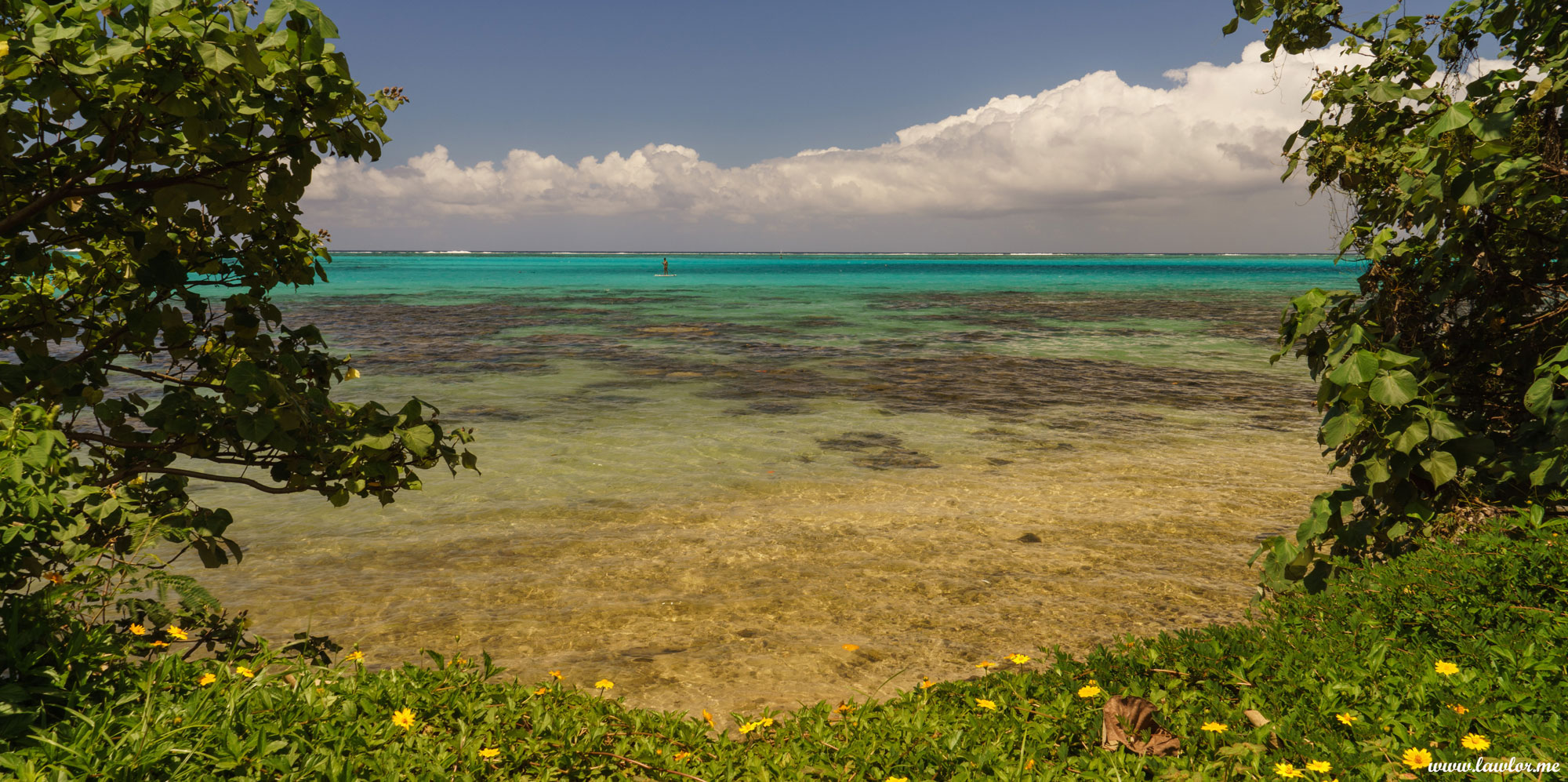 Moorea Lagoon - French Polynesia, Free Landscape Photography, free landscape photos, free nature images, free HD images, free high definition stock images, free stock images download, desktop background, desktop wallpapers, free screensaver, landscape photography