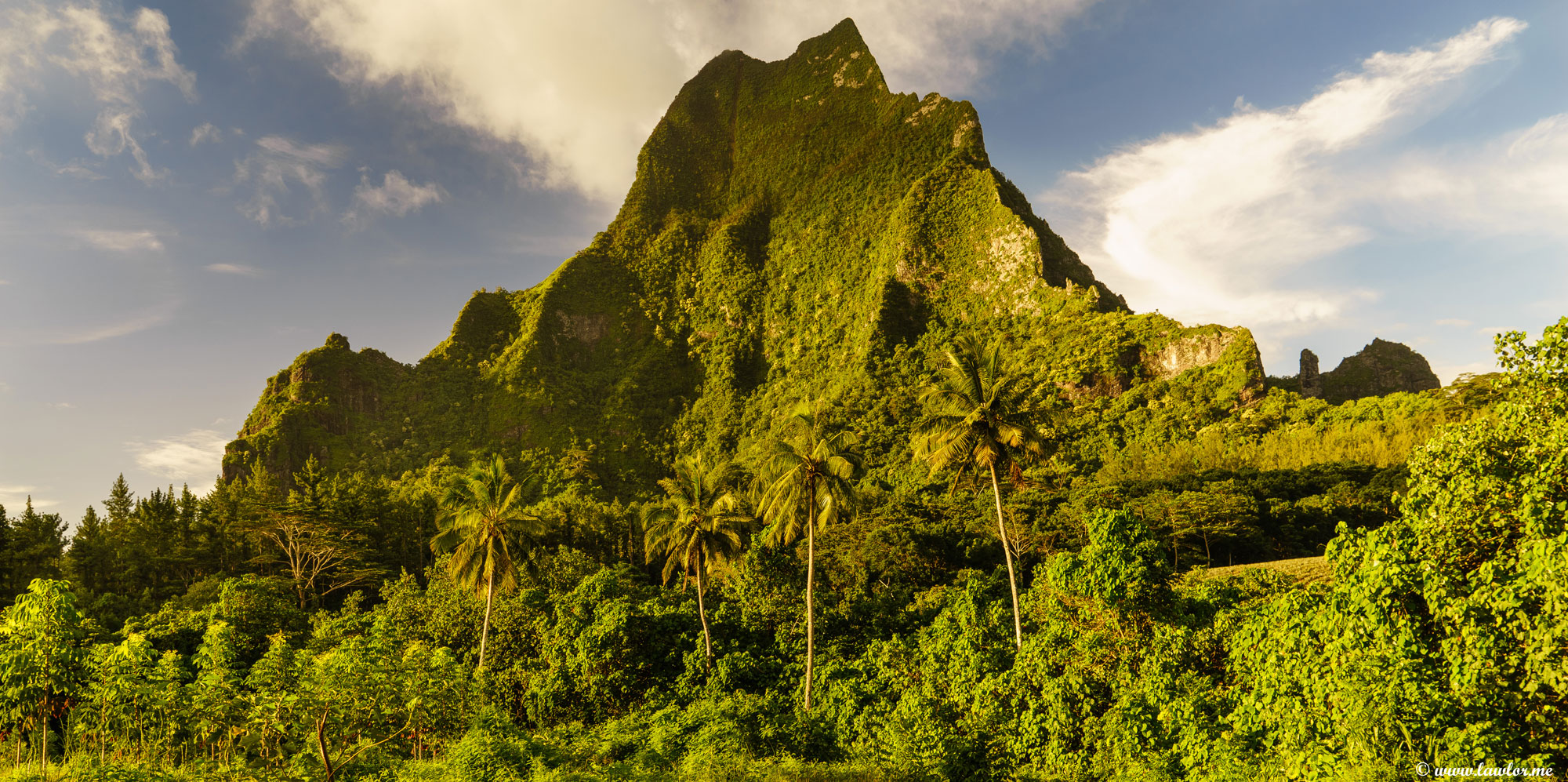 Mount Roto Nui, Moorea - French Polynesia, Free Landscape Photography, free landscape photos, free nature images, free HD images, free high definition stock images, free stock images download, desktop background, desktop wallpapers, free screensaver, landscape photography